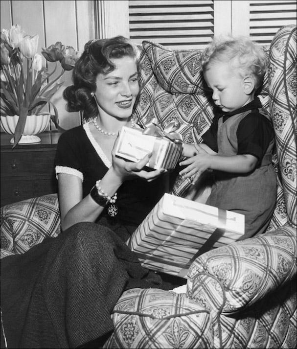 Christmas Lauren Bacall 607