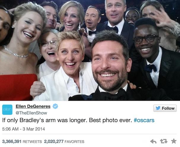 Ellen DeGeneres Selfie Tweet 607