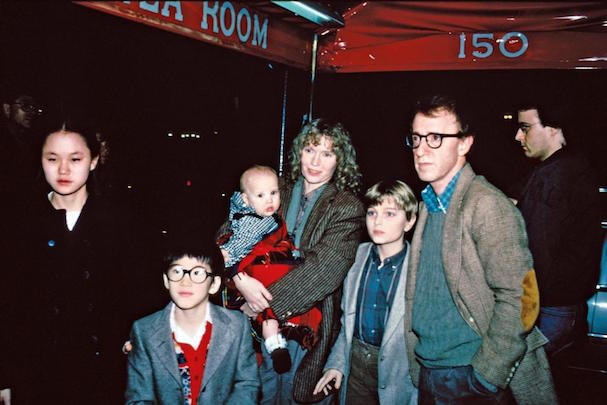 Woody Allen Soon-Yi 607 1AB