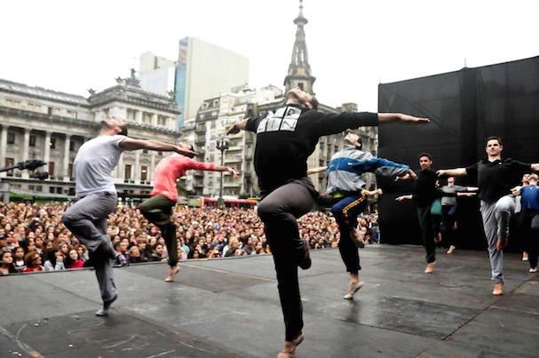 Working Dancers 607
