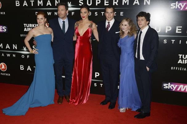 batman v superman premiere 607