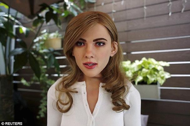 Scarlett robot 607 1