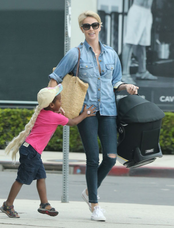 charlize theron son frozen 607
