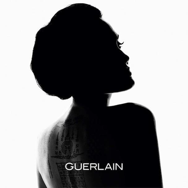 anjelina jolie Guerlain 607