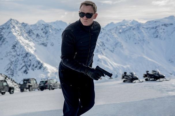 Daniel Craig Bond 607