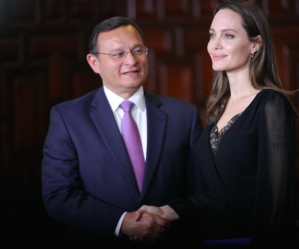 Angelina Jolie Peru 607 1