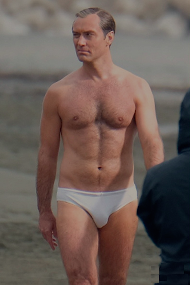 Jude Law 607 4