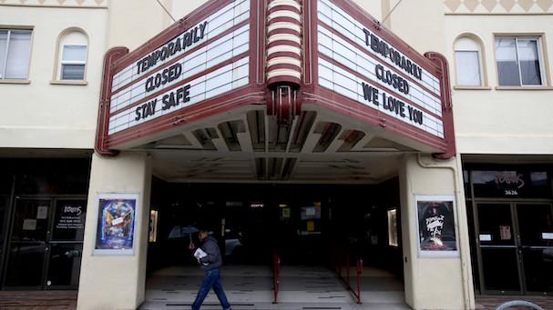 closed cinema 607