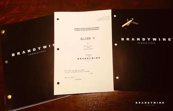Alien script 607