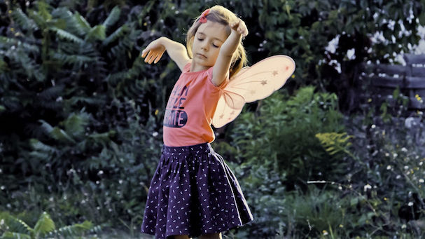 petite fille 607
