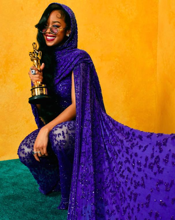 Vanity Fair Oscars 2021 607 4