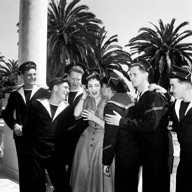 gina lollobrigida cannes 1955