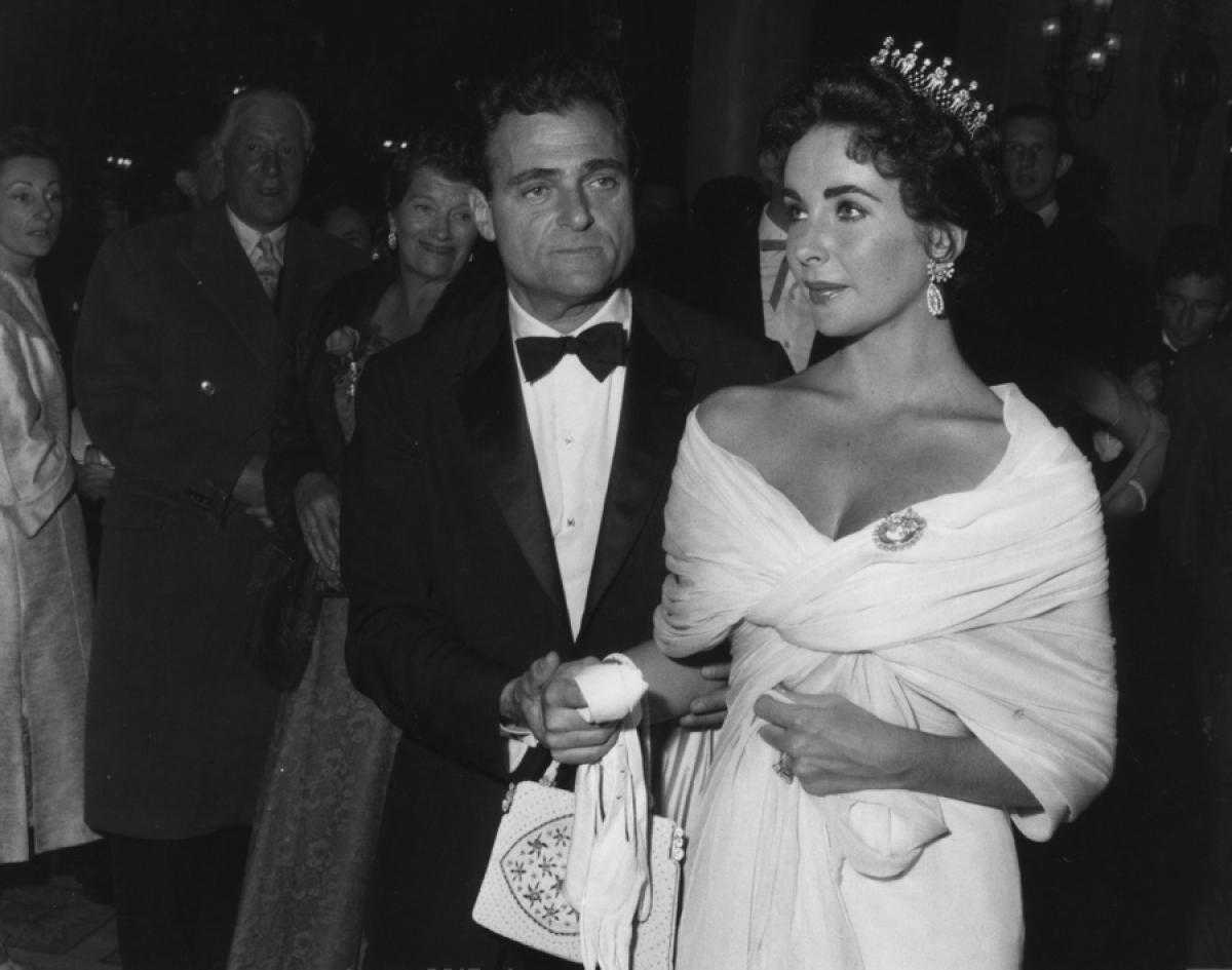 elizabeth taylor mike todd cannes 1956