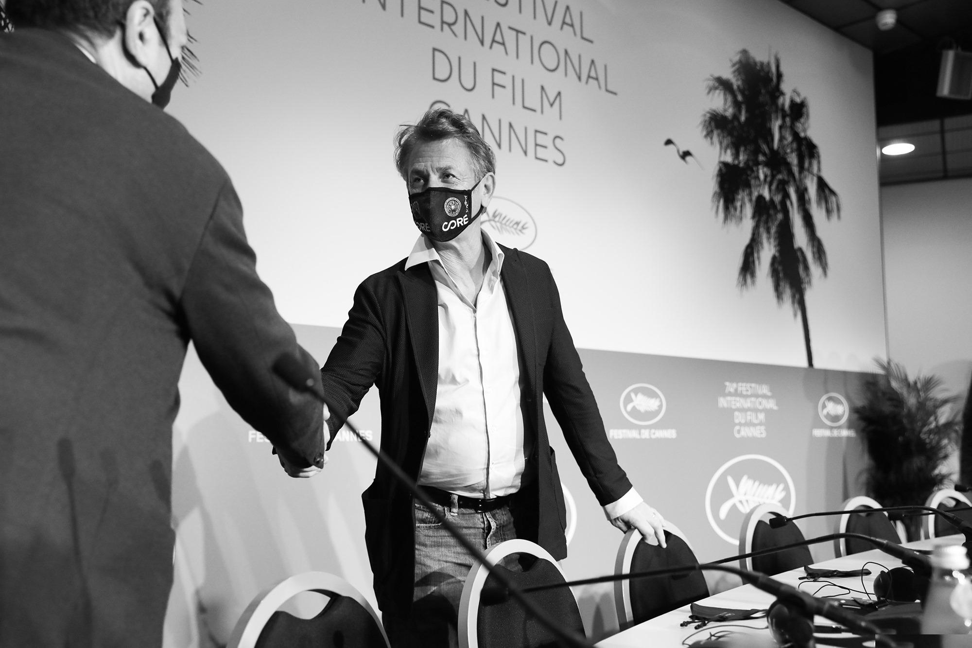 Cannes black n white 8
