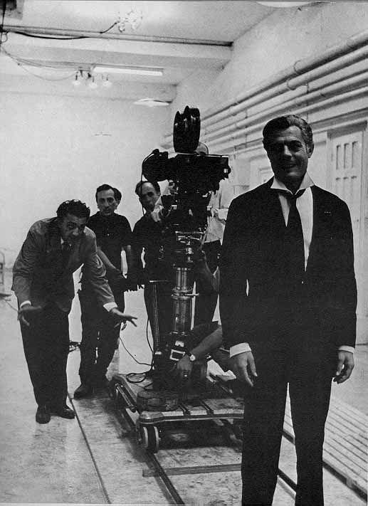 Fellini 12