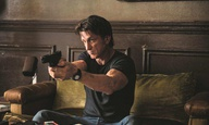 O Σον Πεν είναι ο επόμενος action hero! Δείτε το τρέιλερ για το «Gunman»!