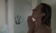Κάτι αόρατο στοιχειώνει την Ελίζαμπεθ Μος στο πρώτο τρέιλερ του «The Invisible Man»