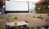 Με πληρότητα 70%, χωρίς μείωση τιμής εισιτηρίου και χωρίς διάλειμμα ανοίγουν τα θερινά σινεμά