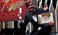 70ό Φεστιβάλ Καννών: O Χρυσός Φοίνικας στο «The Square» του Ρόυμπεν Οστλουντ