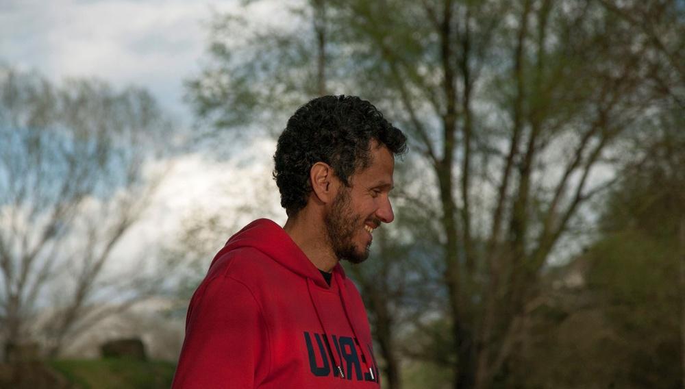 Ο Βαρδής Μαρινάκης μιλάει στο Flix από το Κάρλοβι Βάρι για τα παραμύθια που συμβαίνουν στην πραγματική ζωή