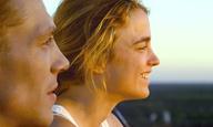 «Ερωτας με την Πρώτη Μπουνιά»: Μην αντιστέκεστε, δείτε πρώτοι την ταινία