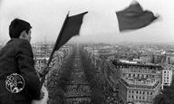 Αφιέρωμα | Μάης '68 | Ο Βασίλης Ραφαηλίδης γράφει για τη θεωρία και την πράξη της επανάστασης