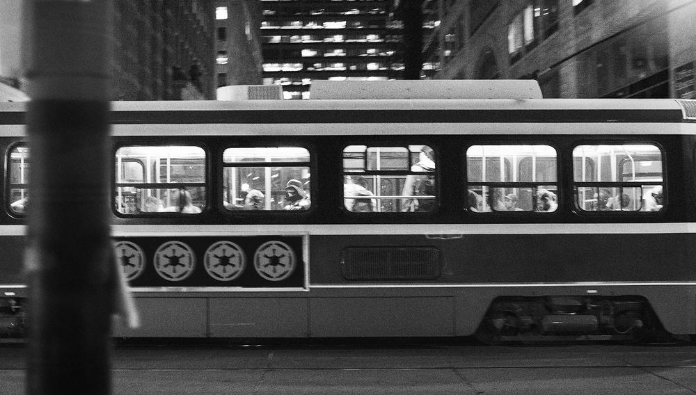 Αν ο Νταρθ Βέιντερ έπαιρνε το λεωφορείο...