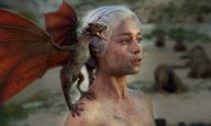 Ολη η Ντενέρις - Μητέρα των Δράκων του «Game of Thrones» - Ταργκάριεν σε ένα βίντεο