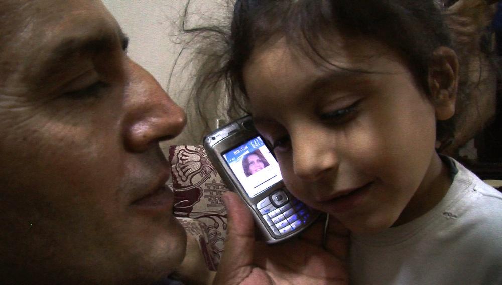 «Με τα Μάτια Ανοιχτά» στο ελληνικό ντοκιμαντέρ και το βλέμμα στη Συρία
