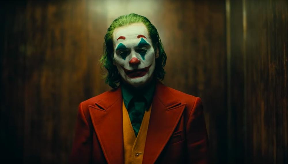 «Η μαμά μου έλεγε πάντα να χαμογελάω»: Το trailer του «Joker» είναι συγκλονιστικό!