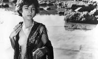 Οι πόλεις, τα ποτάμια και τα πλοία. Αυτές είναι οι 12 ταινίες του Νίκου Κούνδουρου.