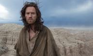 Και Ιησούς και Διάβολος ο Γιούαν ΜακΓκρέγκορ στο τρέιλερ του «Last Days in the Desert»