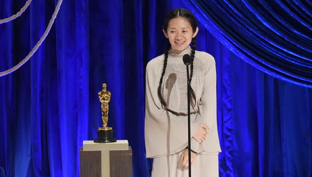 Oscars 2021: Η Κλόι Ζάο είναι μόλις η δεύτερη γυναίκα που κερδίζει το Οσκαρ Σκηνοθεσίας στην ιστορία