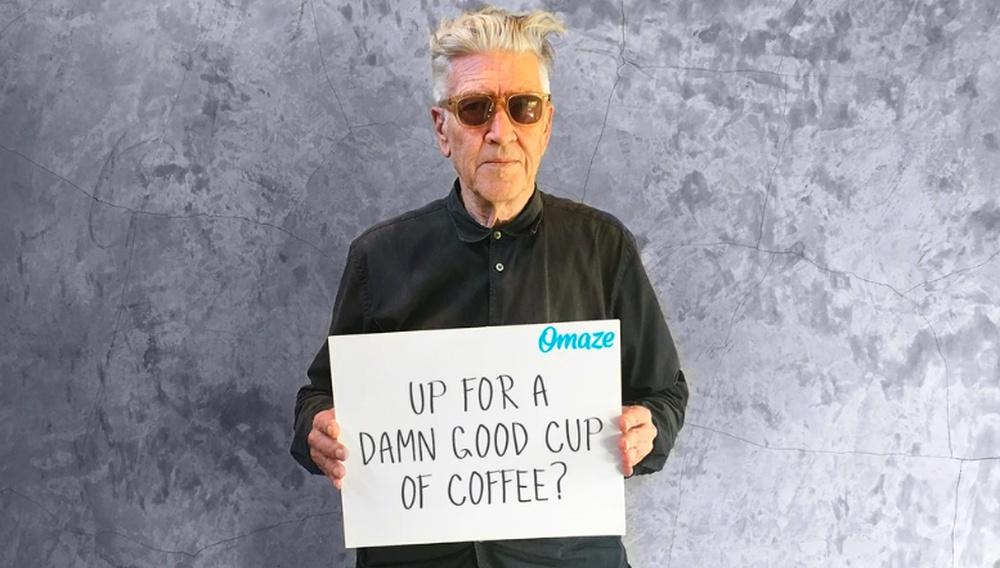 Ο Ντέιβιντ Λιντς σε προσκαλεί για να σου ψήσει καφέ (και να ζωγραφίσει το πορτρέτο σου)