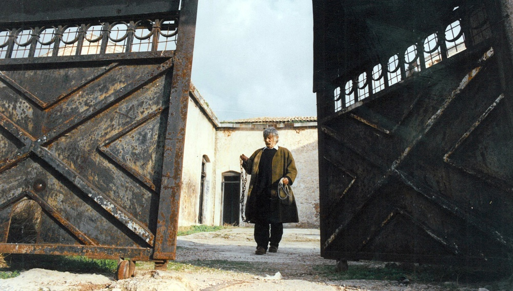 «Ποιητής, σκηνοθέτης, ηθοποιός, αγρότης…»: Ο Δημήτρης Παντελιάς μιλάει για το δικό του Αλέξη Δαμιανό