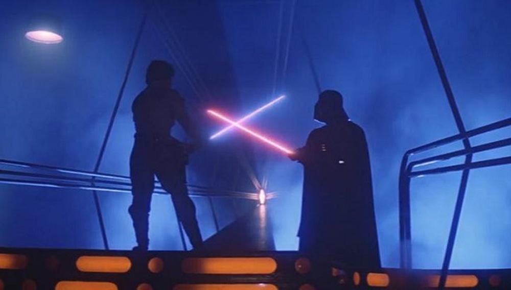 Σε έναν γαλαξία όχι και τόσο μακριά: Οι πιο όμορφες σκηνές του «Star Wars» σε ένα βίντεο