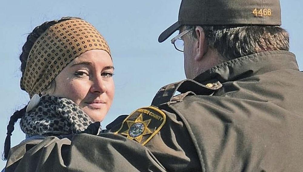 Η Σεϊλίν Γούντλεϊ συλλαμβάνεται σε διαδήλωση διαμαρτυρίας