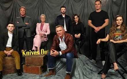Τα 100 εκ. δολάρια του Ντάνιελ Κρεγκ για τα «Knives Out 2 & 3» κι όλοι οι υπόλοιποι πιο ακριβοπληρωμένοι σταρ της χρονιάς