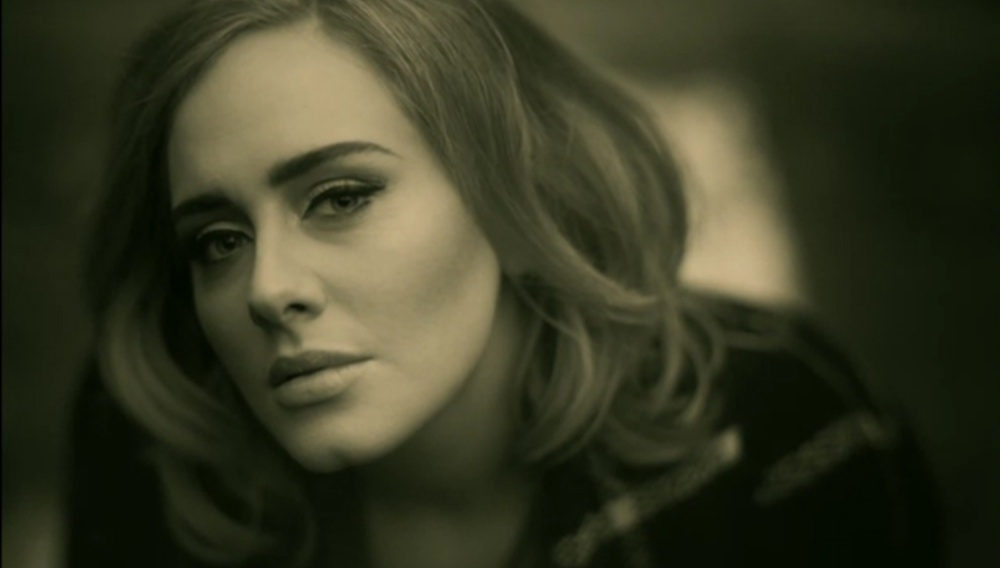Ο Ξαβιέ Ντολάν σκηνοθετεί το βίντεο κλιπ για το «Hello» της Adele