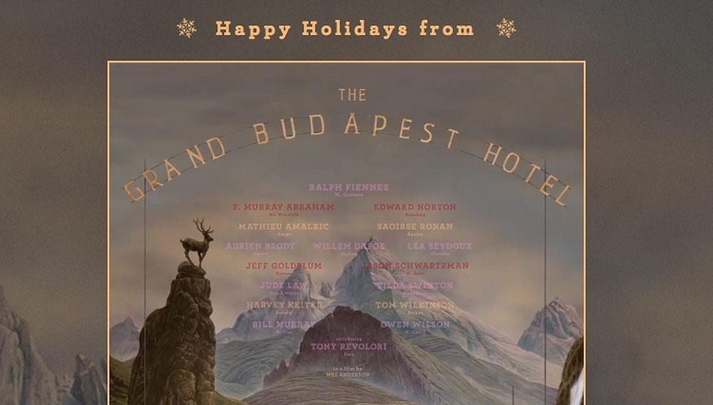O Γουες Αντερσον σας εύχεται Καλά Χριστούγεννα από το «The Grand Budapest Hotel»