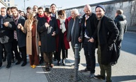 Berlinale 2017: Ο Ντιέγκο Λούνα «γκρεμίζει» τα τείχη του Ντόναλντ Τραμπ από το Βερολίνο
