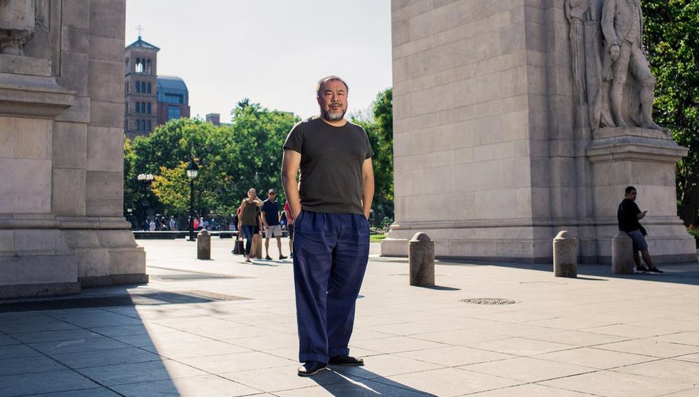 Ο Αϊ Γουέι Γουέι υποστηρίζει ότι το κομμάτι του στο «Berlin, I Love You» κόπηκε για να μην ενοχληθεί η Κίνα