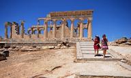 Τρεις Ελληνες παραγωγοί σχολιάζουν την τροπολογία στη νομοθεσία για το cash rebate