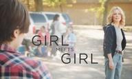 Girl meets girl στην πρώτη σκηνή από το «Freeheld» με την Τζούλιαν Μουρ και την Ελεν Πέιτζ
