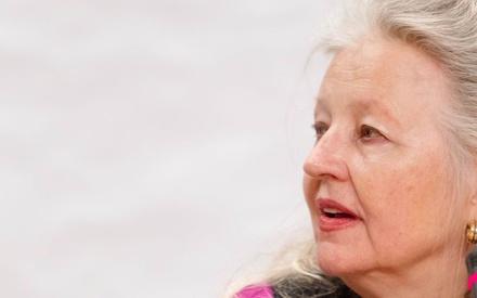Χάνα Σιγκούλα: «Η Ελλάδα πρέπει σαν τον φοίνικα να αναγγενηθεί από τις στάχτες της»