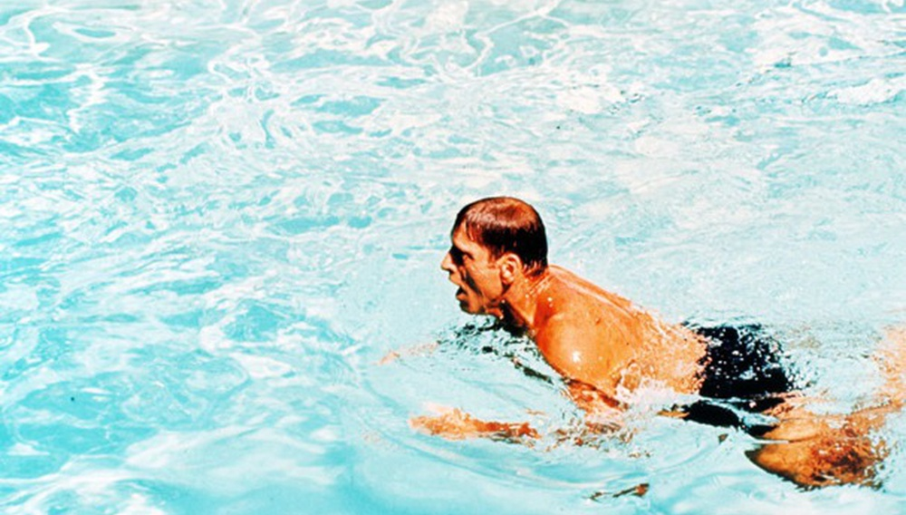 Το Flix βουτάει στις πισίνες του σινεμά #1 - The Swimmer του Φρανκ Πέρι (1968)
