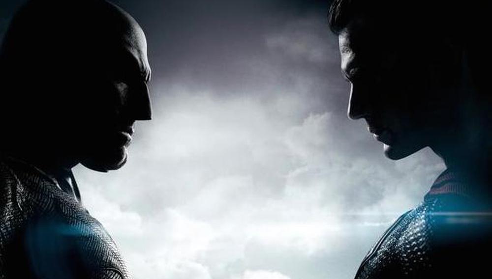 Εφτασε η ώρα της (επικής) αλήθειας! Τρέιλερ για το «Batman v Superman: Dawn of Justice»!
