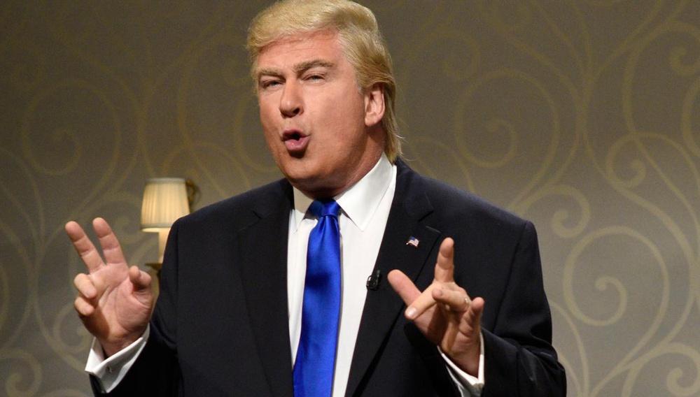 Saturday Night Live: Η πολυαναμενόμενη επιστροφή του Αλεκ Μπόλντγουιν στο Λευκό Οίκο