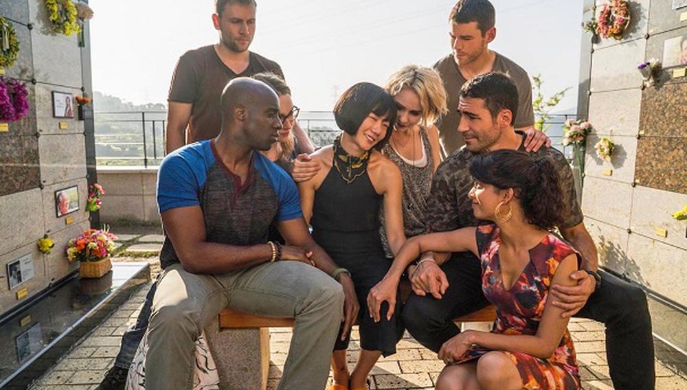To xHamster εκδήλωσε ενδιαφέρον να κάνει την παραγωγή της τρίτης σεζόν του «Sense8»
