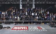 Το κινηματογραφικό σύμπαν της Marvel κλείνει τα 10 του χρόνια και το γιορτάζει με μια φωτογραφία